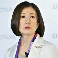 大塚家具赤字続きで社長報酬減額。久美子社長の年収いくら?