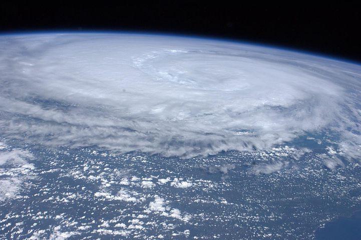 台風19号最新ヨーロッパECMMFの進路予想は?関東上陸はいつ