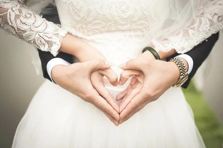 島袋聖南は石倉ノアは結婚しているの?子供や妊娠噂の真相は?