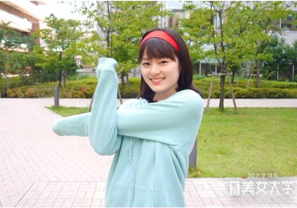 浅野里香アナウンサーかわいい画像