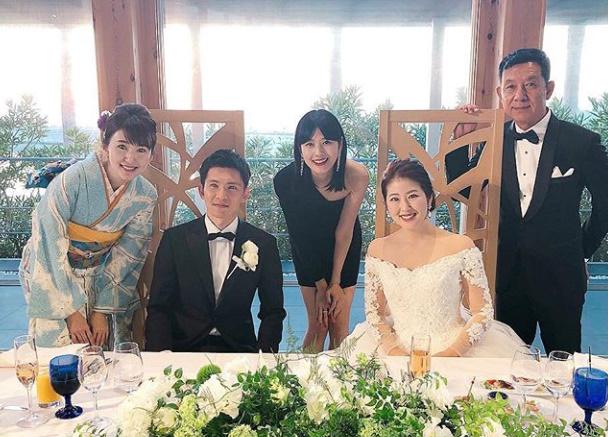 新井貴子姉結婚式